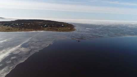 طلاب روس يجرون اختبارات لطائرات دون طيار