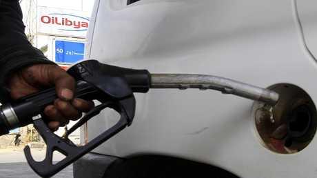 صندوق النقد يحث تونس على زيادات جديدة في أسعار الوقود ورفع سن التقاعد