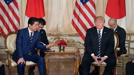 لقاء الرئيس الامريكي دونالد ترامب مع رئيس الوزراء الياباني شينزو آبي