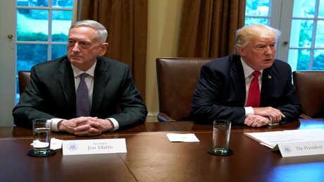 الرئيس الأمريكي دونالد ترامب ووزير الدفاع جيمس ماتيس