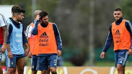 مهاجم منتخب الأرجنتين مهدد بالغياب عن مونديال روسيا