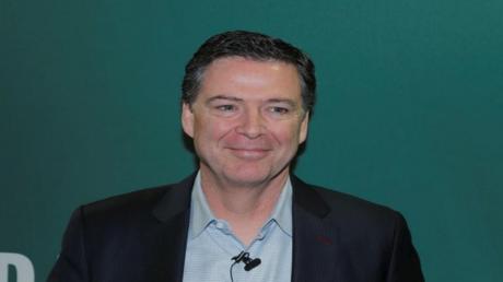 المدير السابق لمكتب التحقيقات الفديرالي الأمريكي جيمس كومي