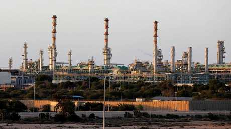 وحدة إنتاج نفط في ليبيا - أرشيف -
