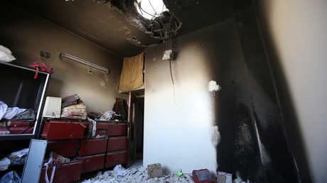 """منزل متضرر في دوما يعتقد أن خبراء """"حظر الكيميائي"""" زاروه أثناء تفقدهم لأحد مواقع الهجوم الكيميائي المفترض"""