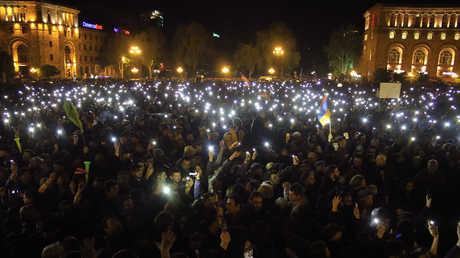 تظاهرات في أرمينيا - 22/04/18