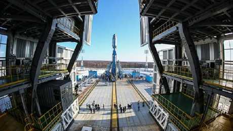 مطار فوستوتشني الفضائي