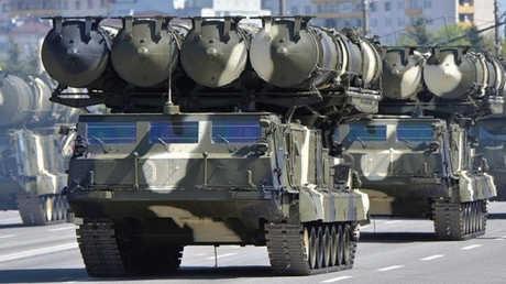 منظومة اس 300 الروسية للدفاع الجوي