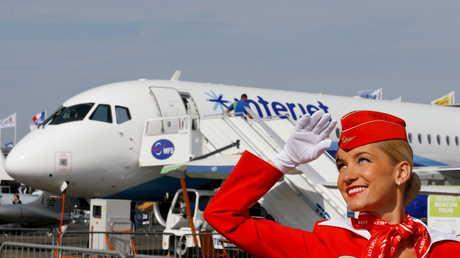 روسيا تبرم صفقة مع إيران لتزويدها بـ20 طائرة مدنية