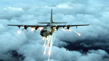 الطائرة الأمريكية AC-130