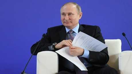 الرئيس الروسي، فلاديمير بوتين في المؤتمر التاسع لاتحاد رؤساء الجامعات الروسية في بطرسبورغ