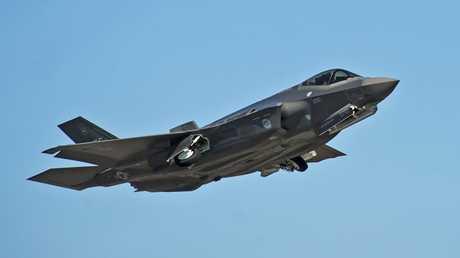 المقاتلة الامريكية الحديثة F-35