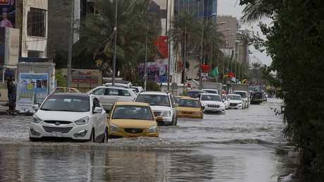 غرق شوارع بغداد بسبب الأمطار - أرشيف