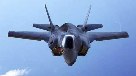"""مقاتلة أمريكية  طراز """"إف -35"""""""