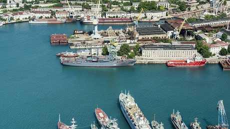 ميناء مدينة سيفاستوبول - أرشيف
