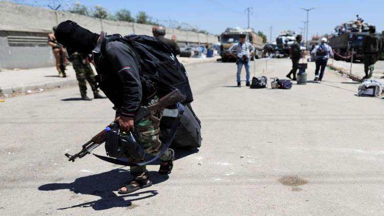 بدء تنفيذ اتفاق خروج المسلحين من ريفي حمص الشمالي وحماة الجنوبي في سوريا