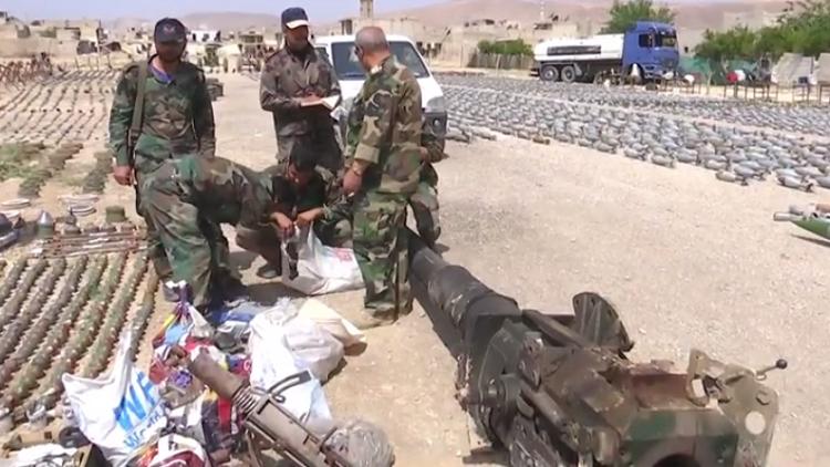 شاهد بالفيديو آلاف الألغام  والمتفجرات في دوما السورية