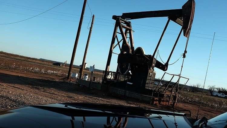 ارتفاع أسعار النفط الأمريكي إلى أعلى مستوياته منذ نوفمبر 2014