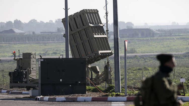 إسرائيل تستنفر قواتها للرد على هجمات صاروخية إيرانية انتقامية من سوريا