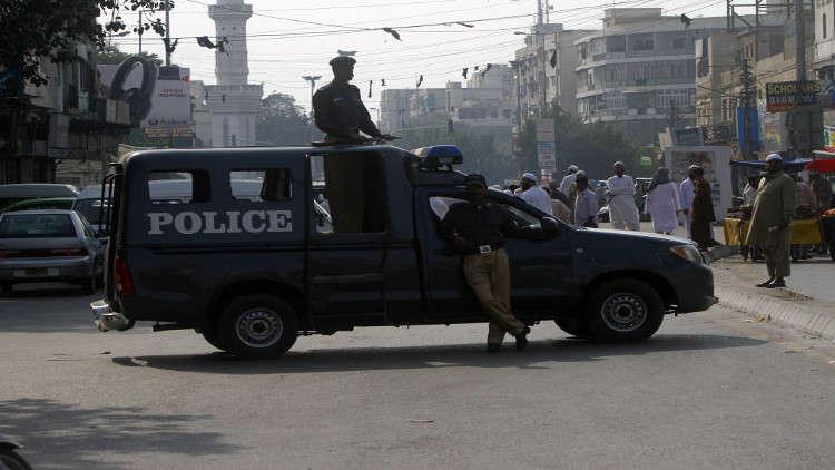 باكستان تكشف عن هوية المسلح الذي أطلق النار على وزير الداخلية