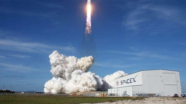 سبيس إكس تختبر أحدث صواريخها