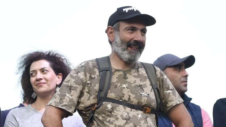 بوتين يهنئ نيكول باشينيان بانتخابه رئيسا لوزراء أرمينيا