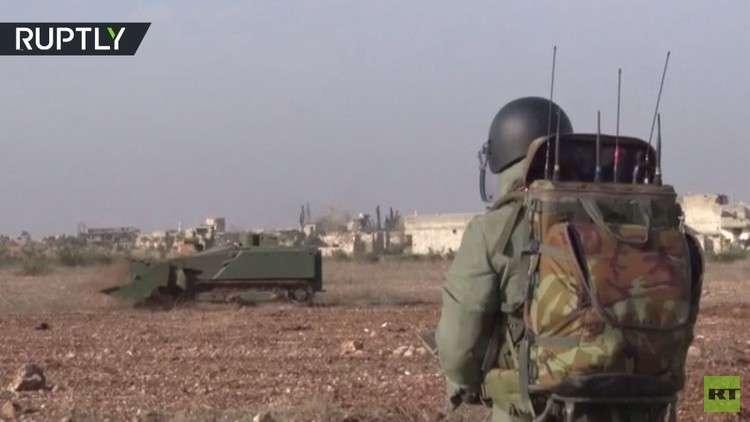 الدفاع الروسية تنشر فيديو يظهر عملية  إزالة الألغام بواسطة الروبوت أوران-6