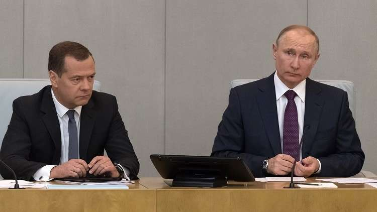 بوتين يوقع مرسوما بتعيين دميتري مدفيديف رئيسا للحكومة الروسية