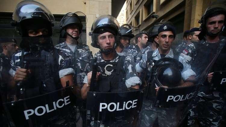مقتل شخص في اشتباكات بين أنصار حزبين في الشويفات اللبنانية
