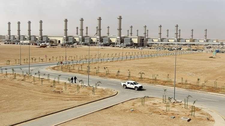 بعد قرار ترامب.. الرياض وأبوظبي تؤكدان الالتزام بدعم استقرار أسواق النفط