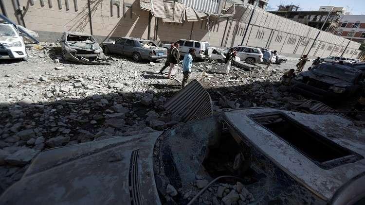 التحالف العربي يستهدف مطار صنعاء وقاعدة الدليمي الجوية ومعسكرا للنقل الثقيل