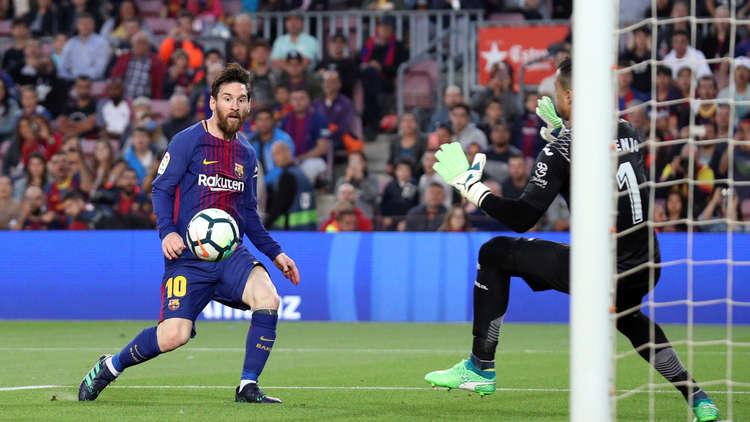 برشلونة يكتسح فياريال بخماسية ويتابع سلسلته بلا هزيمة