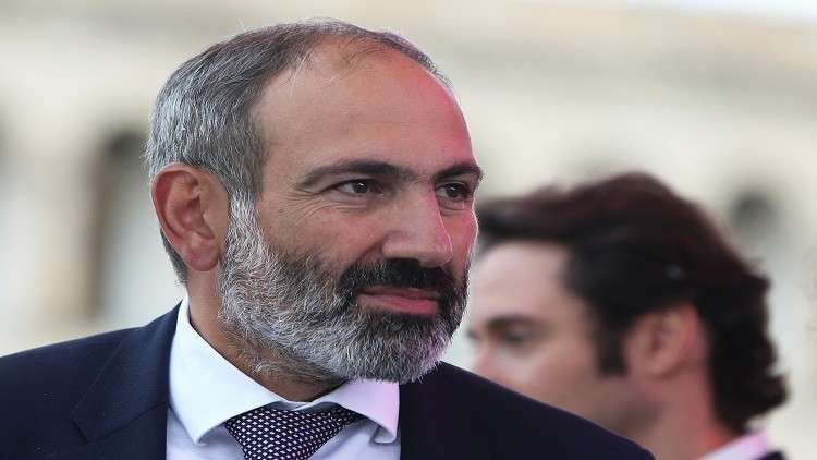 باشينيان يوثق بالفيديو  يومه الأول رئيسا لوزراء أرمينيا