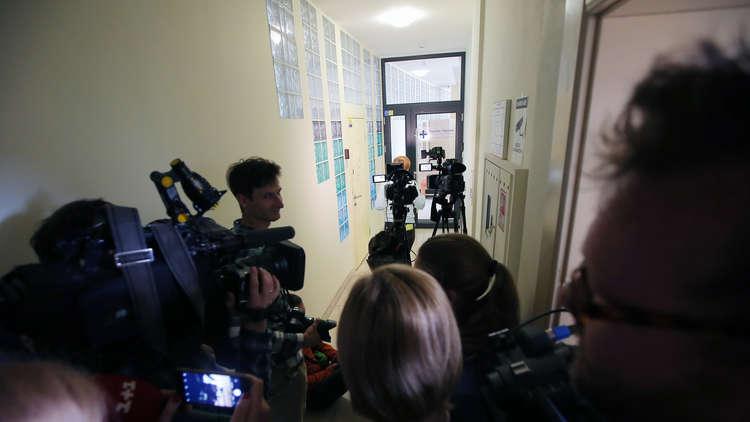 لافروف يطالب الغرب بعدم الصمت إزاء اعتقال صحفي روسي في كييف