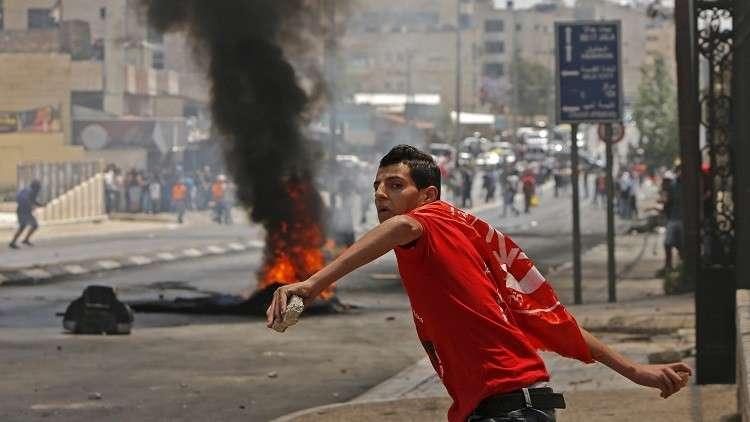 عشرات الإصابات في مواجهات بين الفلسطينيين والقوات الإسرائيلية في الضفة الغربية
