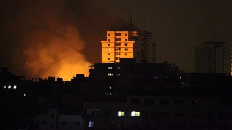 غارات إسرائيلية ليلية على مواقع في غزة