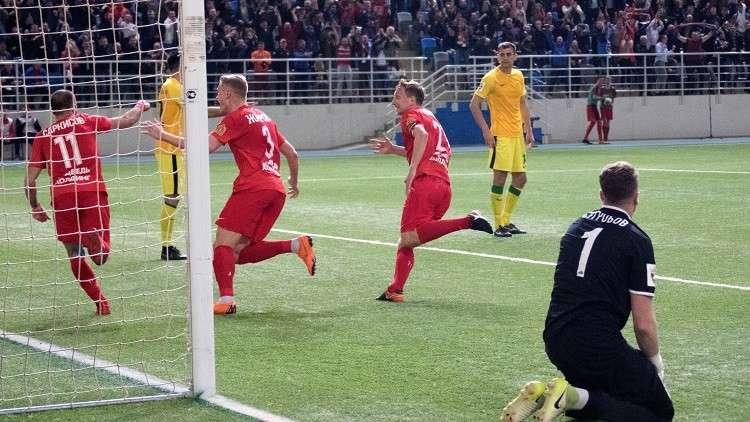 ينيسي يضع قدما في الدوري الروسي الممتاز