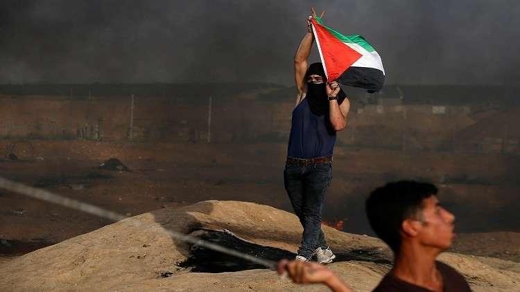 إصابة 58 فلسطينيا برصاص الجيش الإسرائيلي على حدود غزة