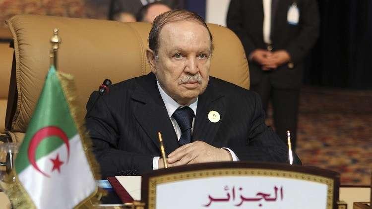 رغم الأزمة بين البلدين.. الرئيس الجزائري  يهنئ ملك المغرب بشهر رمضان