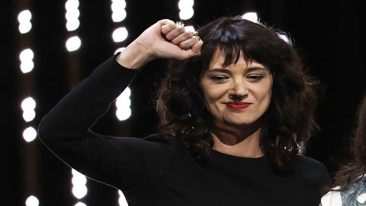 ممثلة إيطالية للمتحرشين: تعرفون من أنتم ونحن نعرفكم