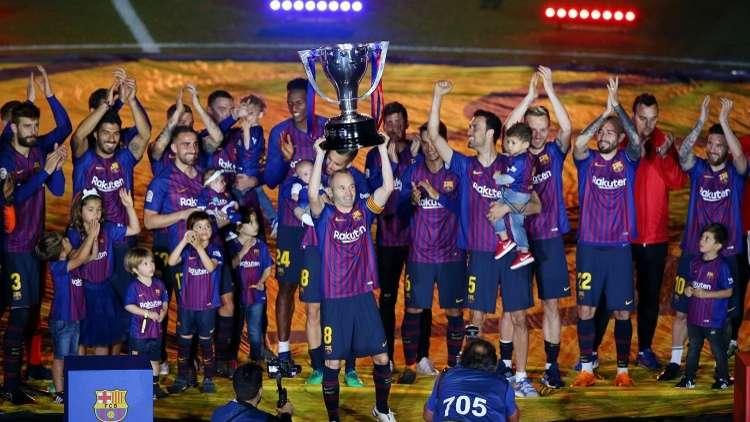 برشلونة يهزم ريال سوسييداد في ليلة التتويج رسميا.. فيديو