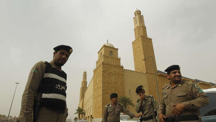 قانونيون سعوديون: خيانة الوطن إفساد في الأرض