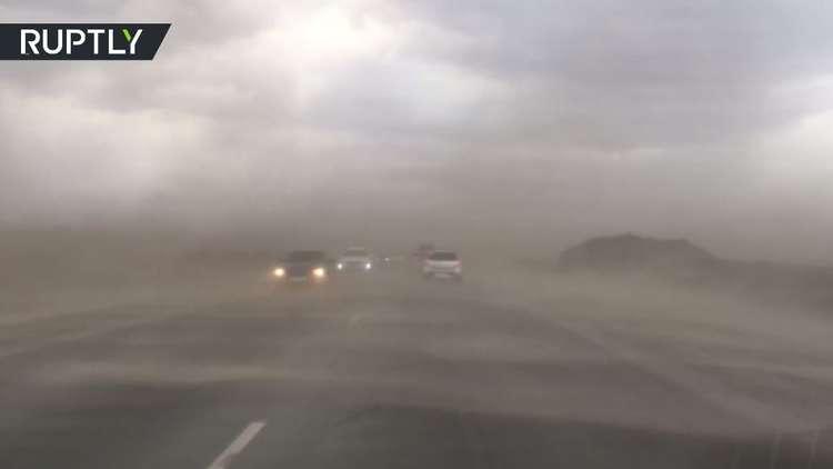عاصفة تجتاح مدينة تيومين الروسية