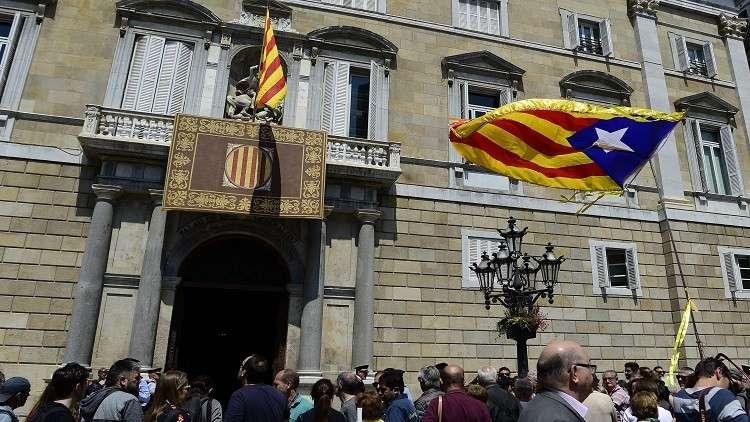 الاستخبارات الإسبانية تتهم
