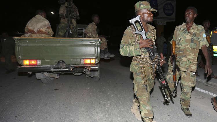 قتلى بتفجير انتحاري استهدف قافلة للجيش في الصومال