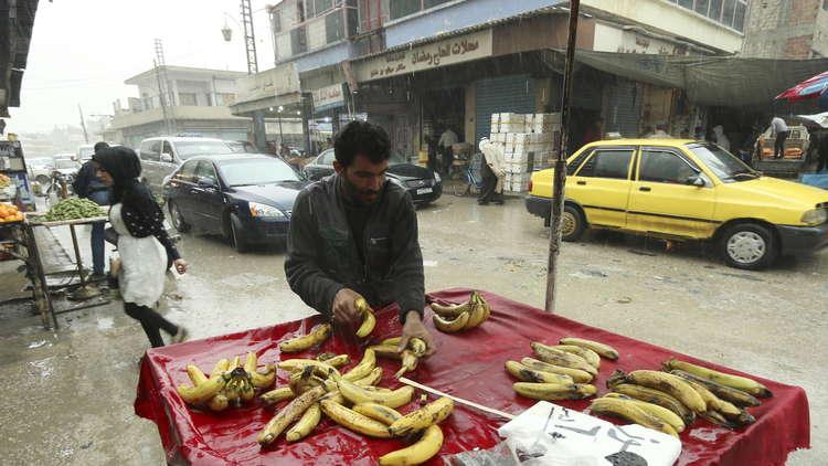 في شمال سوريا.. السكان يعانون من الضرائب المزدوجة