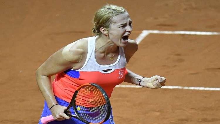 الروسية بافليوتشينكوفا تبلغ ثالث أدوار بطولة ستراسبورغ