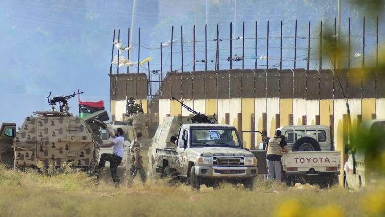 الجيش الليبي يُسيطر على مداخل مدينة درنة