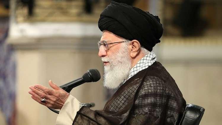 خامنئي يطرح شروطا على الأوروبيين لبقاء إيران ضمن الاتفاق النووي
