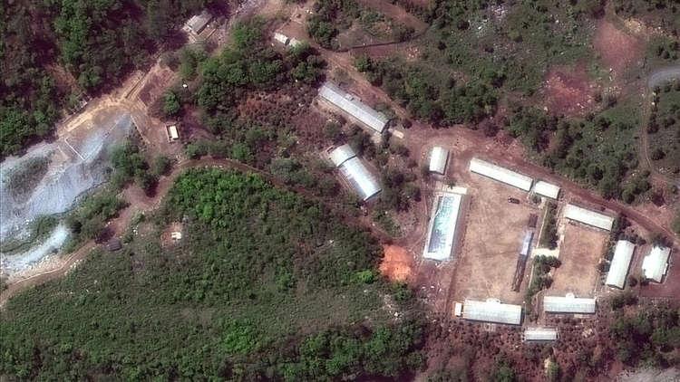 مراسل RT: تدميرمرافق في موقع بونغيي ري للتجارب النووية بكوريا الشمالية