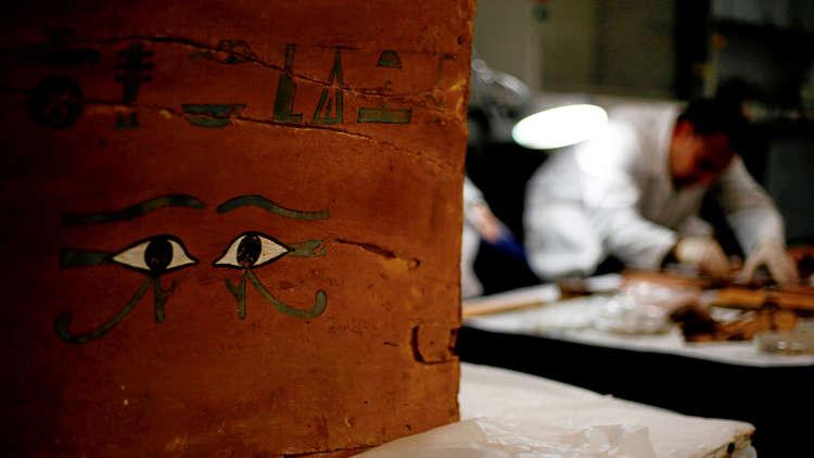 مصر.. حقيقة تهريب 23 ألف قطعة أثرية بحاوية دبلوماسية (فيديو)